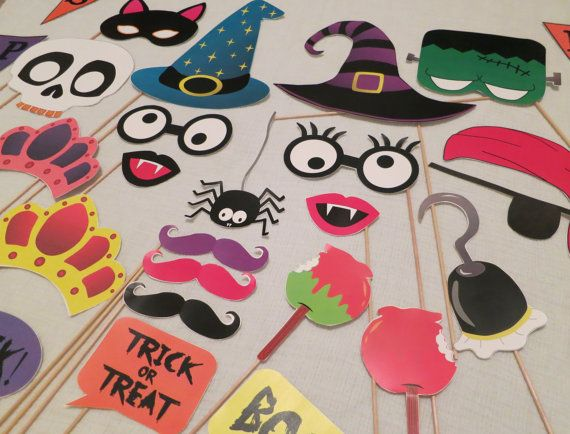 DIY Halloween Photo Booth Props